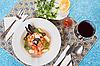 Фото 300 DPI: Суп из морепродуктов с креветками и мидиями
