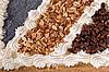 ID 3028052 | Smaczne ciasto czekoladowe z orzechami | Foto stockowe wysokiej rozdzielczości | KLIPARTO