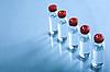 小瓶液体医学或科学   免版税照片