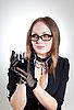 ID 3023653 | Romantische Frau mit Brille hält Weinglas | Foto mit hoher Auflösung | CLIPARTO