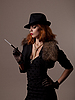 Photo 300 DPI: Gangster woman in black hat