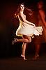 ID 3023097 | Schöne junge tanzende Frau | Foto mit hoher Auflösung | CLIPARTO