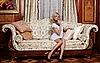 Flirtowanie pokojówka siedzi na kanapie w luksusowym hotelu | Stock Foto