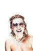 선글라스와 상어 목걸이 귀여운 여자 | Stock Foto