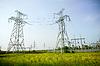 两个电塔 | 免版税照片
