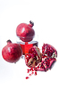 石榴新鲜水果和果汁 | 免版税照片