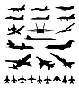 Vector clipart: Silhouettes of planes