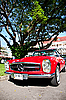 Mercedes Benz SL Pagode on Vintage Car Parade | Stock Foto