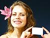 ID 3051526 | Piękna dziewczyna uśmiecha | Foto stockowe wysokiej rozdzielczości | KLIPARTO