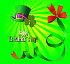 grüner Hut und Kleeblätter für St. Patrick`s Day