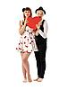 两个女孩与红色纸板心 | 免版税照片