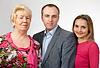 Photo 300 DPI: family portrait, grandmother, son, daughter