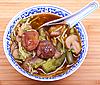 素食中国面条和蘑菇汤   免版税照片