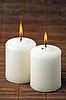 Dwie świeczki spalania | Stock Foto