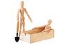 Фото 300 DPI: Два манекена, деревянный ящик и лопаты