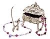 ID 3067117 | Schatulle, Figur einer Katze und Perlen | Foto mit hoher Auflösung | CLIPARTO