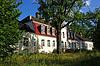 Manor behind trees | Stock Foto