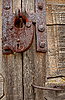 Padlock And Handle On Wooden Gate | Stock Foto