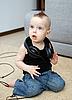 耳机的婴儿 | 免版税照片
