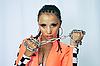 ID 3117574 | Tancerz z łańcuchem w rękach | Foto stockowe wysokiej rozdzielczości | KLIPARTO