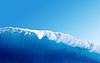 Große blaue Surfing-Welle | Stock Foto