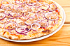 Pizza with onion and chiken meat | Stock Foto