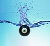 ID 3242306 | Billardkugel acht und ein Spritzer Wasser | Foto mit hoher Auflösung | CLIPARTO