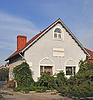 아름다운 새 컨트리 하우스   Stock Foto