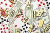 도미노는 카드와 돈에 흩어져 있습니다 | Stock Foto