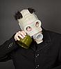 Фото 300 DPI: Портрет веселый парень в маске