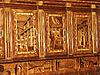 在天主教修道院的木制柜。由僧侣 | 免版税照片