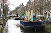 Restaurants on canal of Delft in early morning. Netherla | 免版税照片