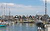 ID 3352878 | Turyści na wyspie Marken molo. Niderlandy | Foto stockowe wysokiej rozdzielczości | KLIPARTO