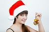 ID 3350017 | 크리스마스 장식과 함께 크리스마스 모자에 소녀 | 높은 해상도 사진 | CLIPARTO