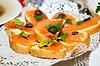 Photo 300 DPI: sandwiches with smoked salmon