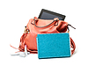 ID 3298737 | Różowe torebki damskie skórzane z Tablet PC | Foto stockowe wysokiej rozdzielczości | KLIPARTO