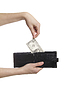 Фото 300 DPI: ручной тянуть доллар кошелек isolaetd