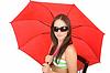 Фото 300 DPI: молодой женщины с красным зонтом