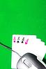 Фото 300 DPI: Концепция онлайн игры с компьютерной мыши, четыре туза