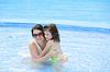 ID 3369499 | Mutter und ihr Baby Spaß im Schwimmbad | Foto mit hoher Auflösung | CLIPARTO