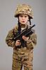 ID 3377567 | 年轻的男孩穿着像士兵用步枪 | 高分辨率照片 | CLIPARTO