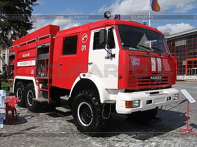 Leistungsstarkes Feuerwehrauto | Foto mit hoher Auflösung |ID 3012114