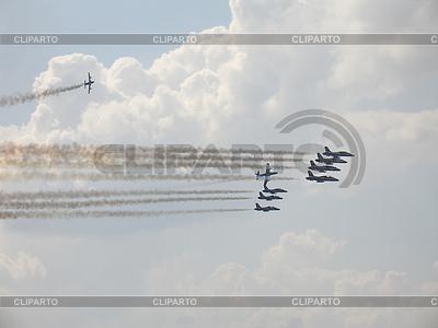 Frecce Tricolori on Aermacchi MB-339 flight | 높은 해상도 사진 |ID 3369663