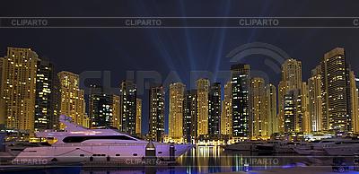 Noc miasta. Panoramiczny widok. | Foto stockowe wysokiej rozdzielczości |ID 3016741