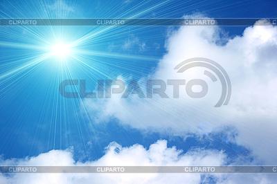 Białe chmury na niebieskim niebie   Foto stockowe wysokiej rozdzielczości  ID 3032641