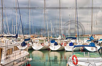 Jachtklub | Foto mit hoher Auflösung |ID 3012862