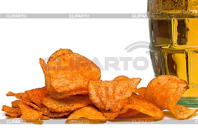 맥주와 감자 칩 | 높은 해상도 사진 |ID 3014568