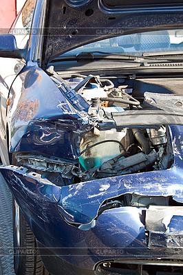 Samochodów po wypadku | Foto stockowe wysokiej rozdzielczości |ID 3018925