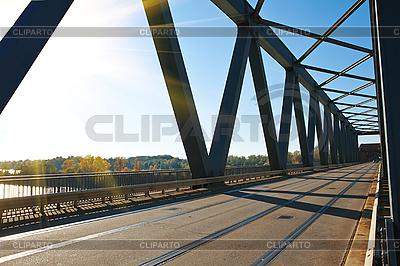 Brücke über den Fluss | Foto mit hoher Auflösung |ID 3074436