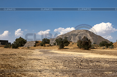 Pyramid of the Sun. Teotihuacan. Mexico | High resolution stock photo |ID 3015693